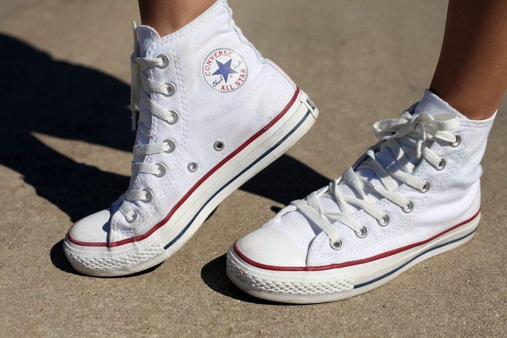 Модные женские высокие кроссовки